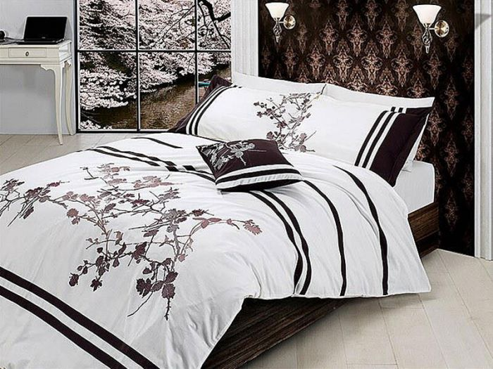 Luxurious Embroidered Sateen Bed Linen 7 pieces Set, Susana
