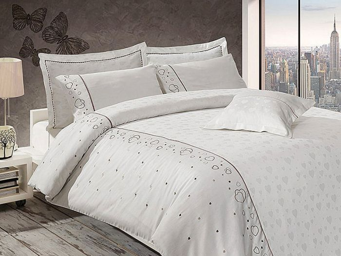 Luxurious Embroidered Sateen Bed Linen 7 pieces Set, Diana Cream