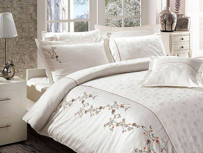 Luxurious Embroidered Sateen Bed Linen 7 pieces Set, Ramira Cream